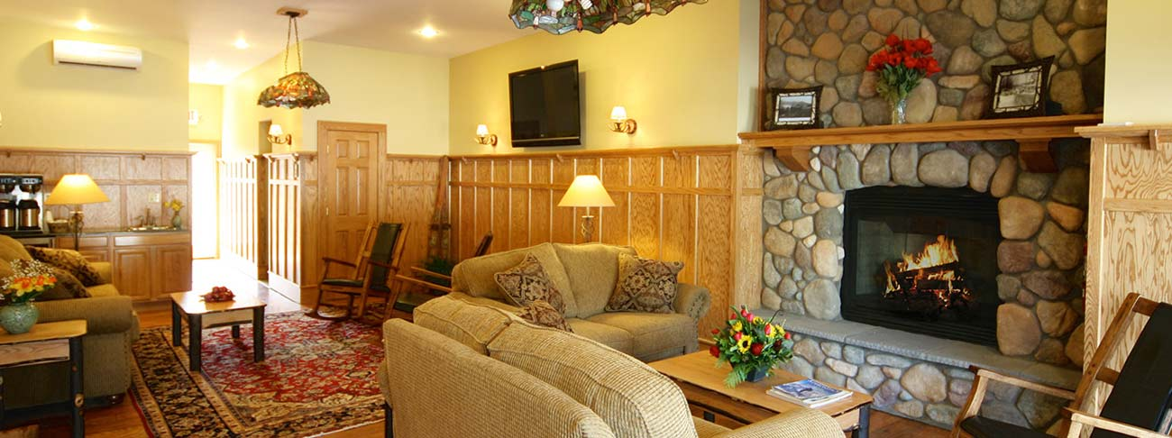 Alpine Lodge in North Creek near Gore Mountain Skiing